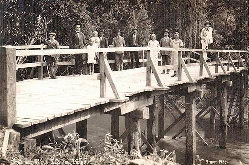 Pessoas na Ponte 2