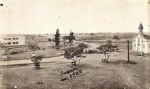 Tupan em 1944