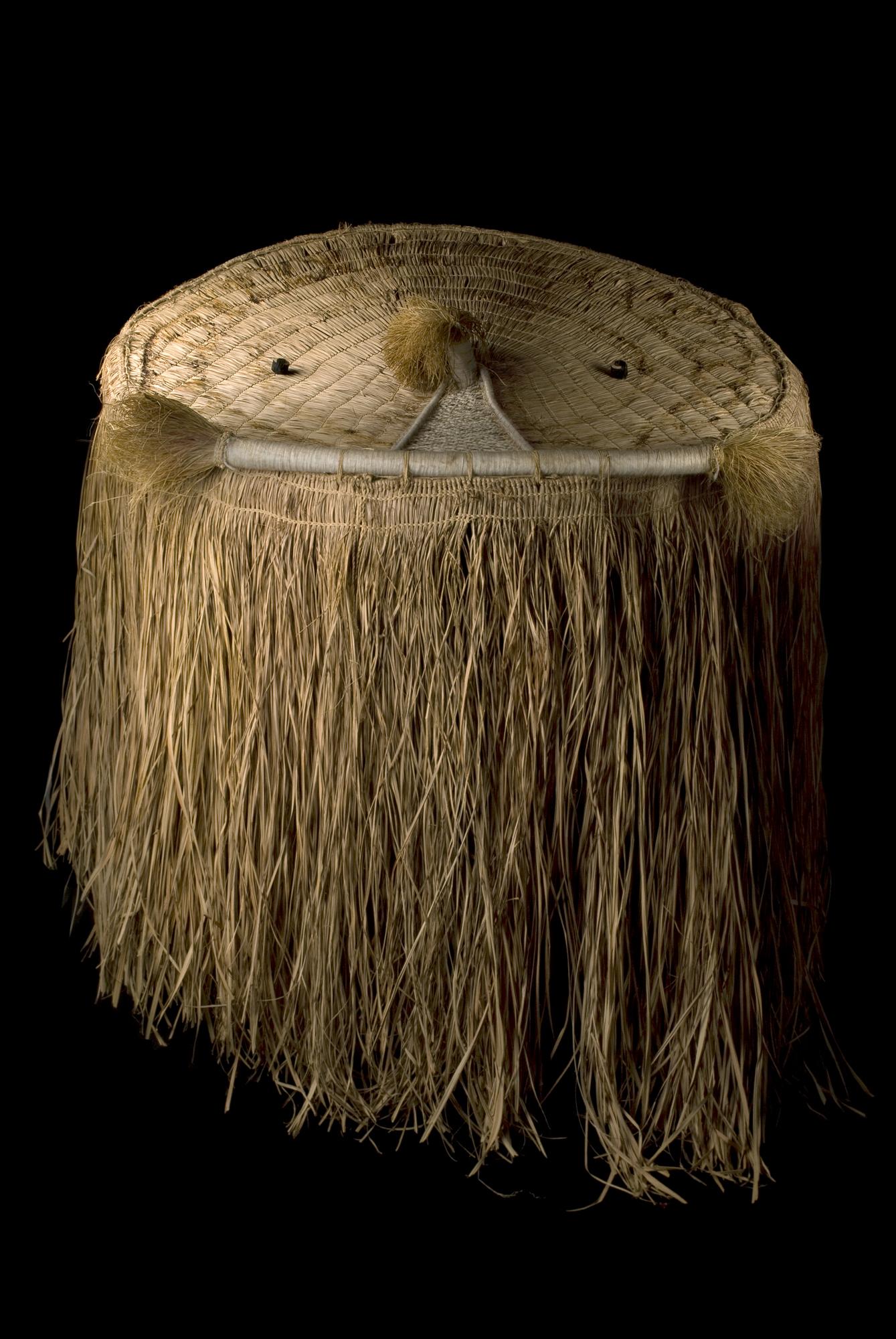Máscara xinguana roda-capuz Wauja